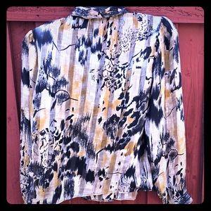 Vintage Pleated Blouse Long sleeve button down EUC